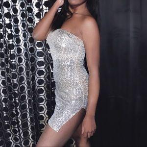 Windsor Dresses - Silver Sequin Mini Bodycon Dress